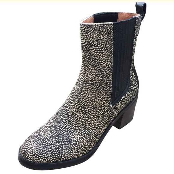 cb876bdb152 UGG CAMDEN EXOTIC Women's Ankle Boots New
